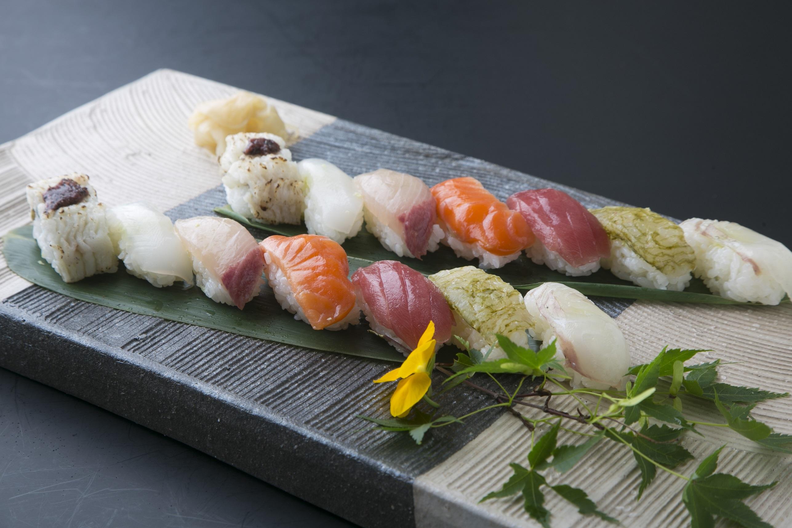 富山湾鮨※6名様以上のお申込みでプレゼント