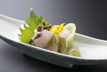 富山湾の宝石・白海老を愉しむ