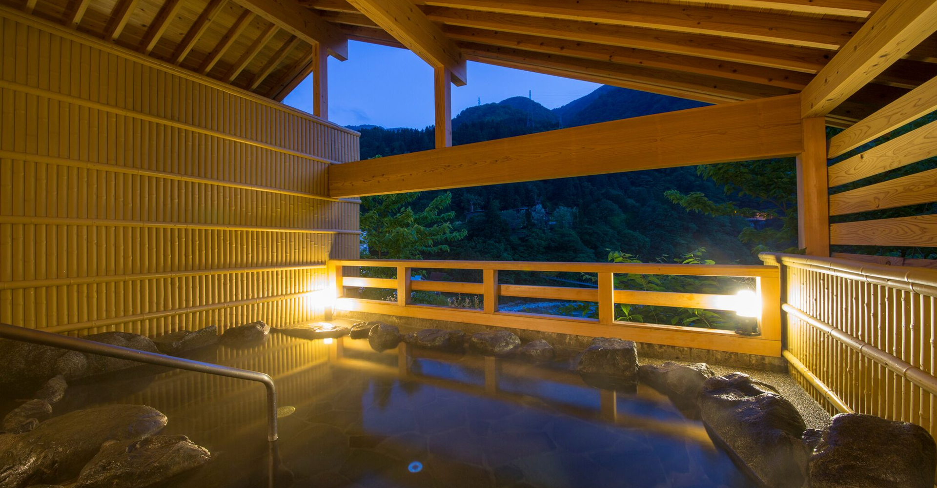 A hot-spring resort offering fine food and hospitality San'Yanagatei